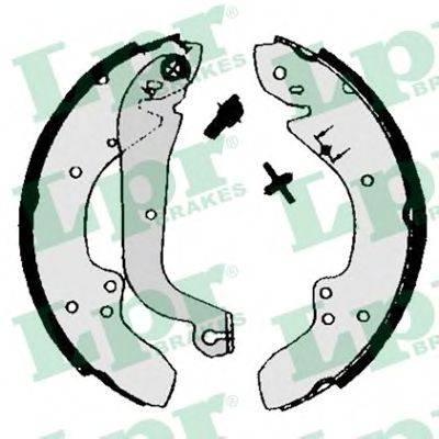 Тормозные колодки барабанные LPR 00930